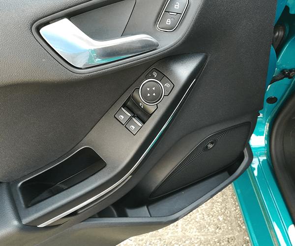 Ford-Fieasta-2017-8